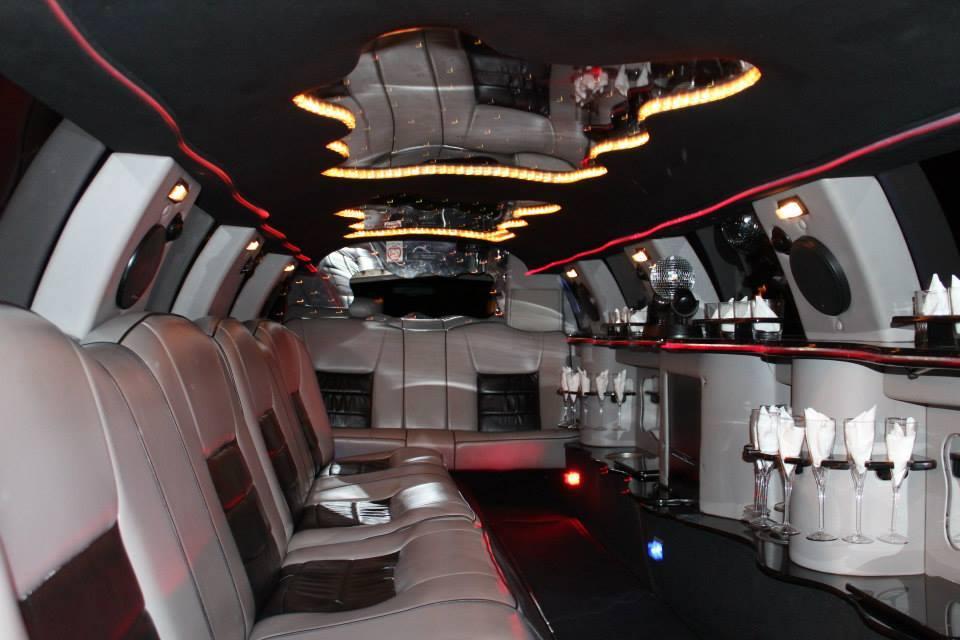 14 Passenger Lincoln