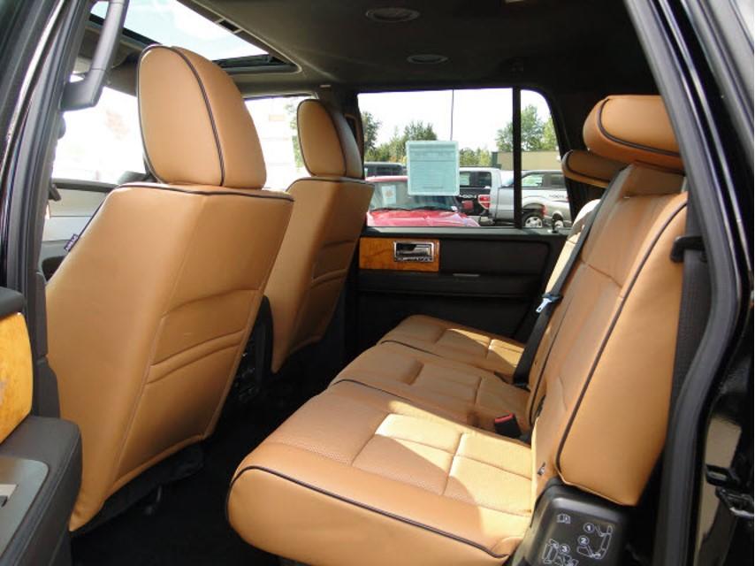 Lincoln-Navigator-L3